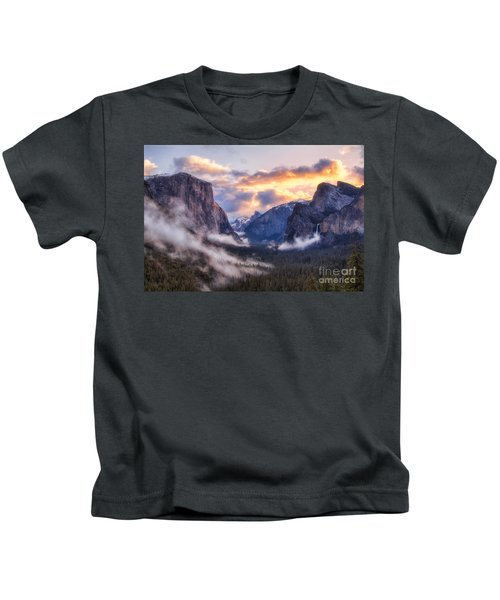 Daybreak Over Yosemite Kids T-Shirt