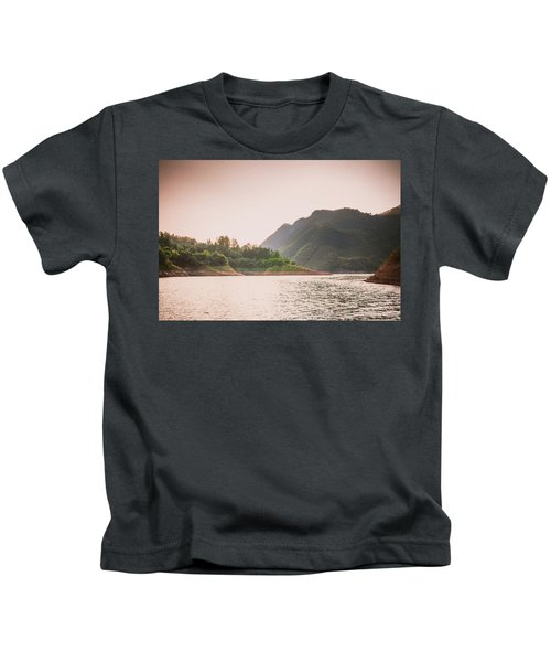 The Mountains And Lake Scenery In Sunset Kids T-Shirt