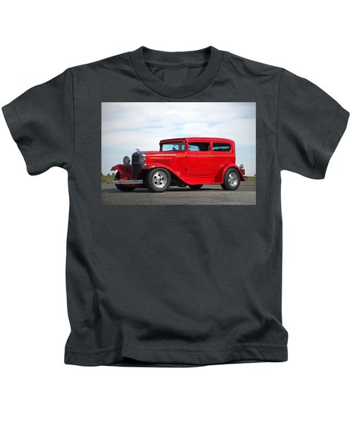 1930 Chevrolet Sedan Kids T-Shirt