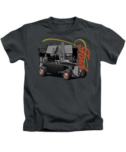 1932 Black Ford At Filling Station Kids T-Shirt