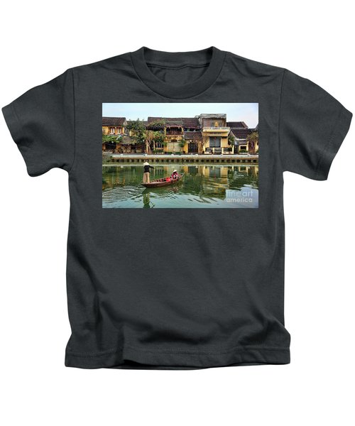 2 Women Boat Hoi An Vn Kids T-Shirt