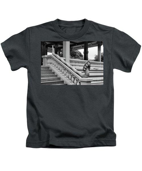 7 Snakes Bw Kids T-Shirt