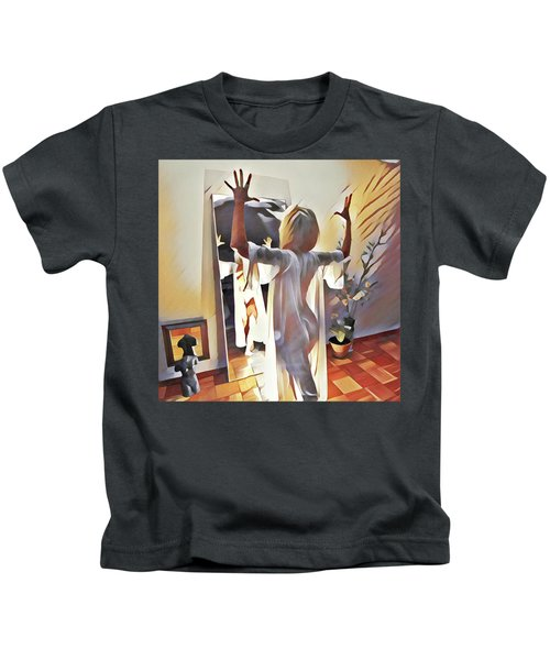 9906s-dm Woman Confronts Herself In Mirror Kids T-Shirt