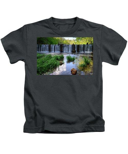 A Glimpse Of Beauty Kids T-Shirt