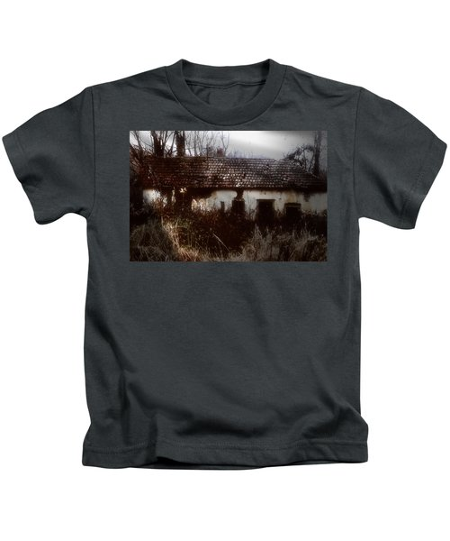 A House In The Woods Kids T-Shirt