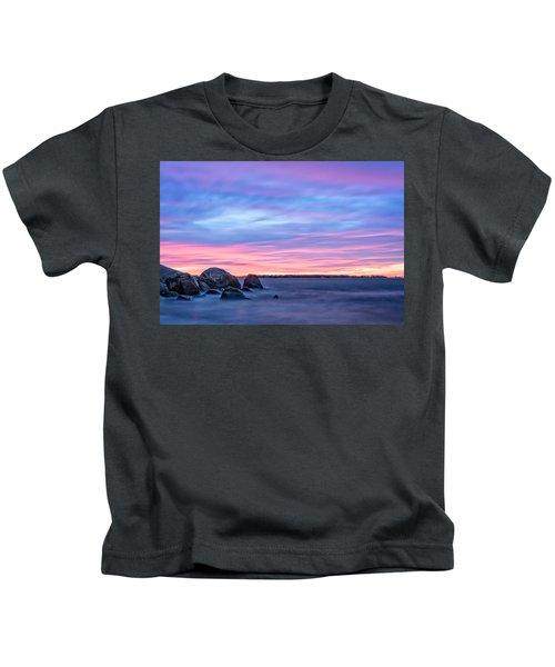 A New Dawn Gloucester Kids T-Shirt