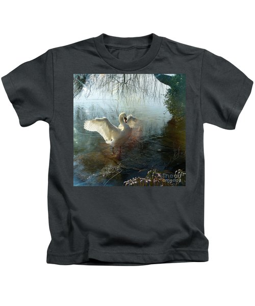 A Very Fine Swan Indeed Kids T-Shirt