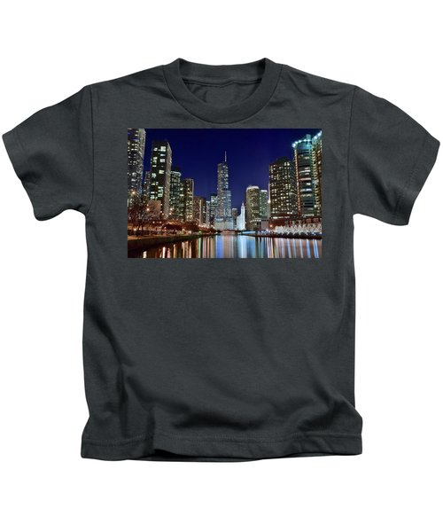 A View Down The Chicago River Kids T-Shirt by Frozen in Time Fine Art Photography
