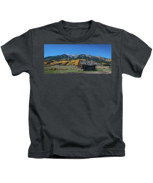 Abandoned Cabin Near Crested Butte Kids T-Shirt