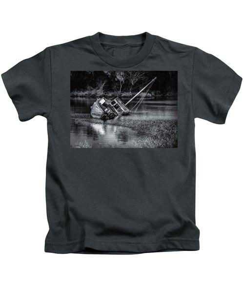 Abandoned Ship In Monochrome Kids T-Shirt