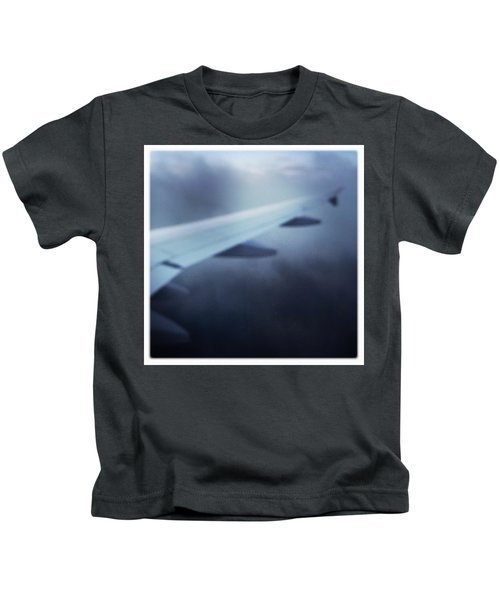 Above The Clouds 04 - Dreaming Kids T-Shirt