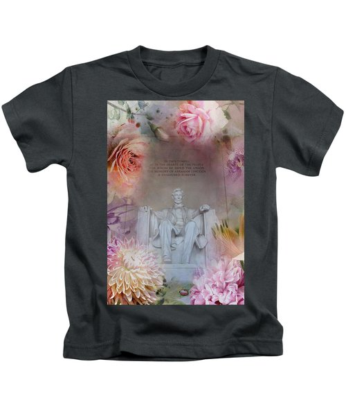 Abraham Lincoln Memorial At Spring Kids T-Shirt