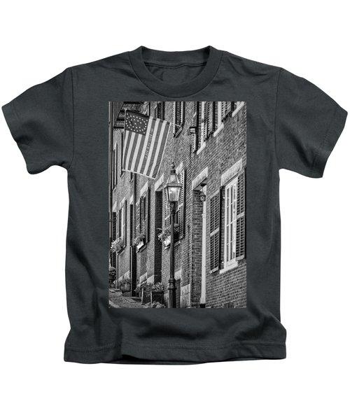 Acorn Street Details Bw Kids T-Shirt