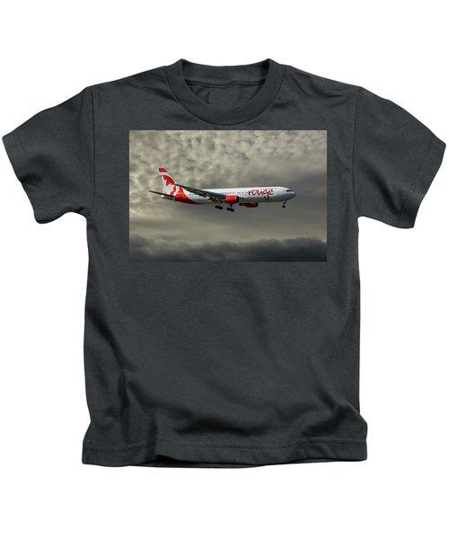 Air Canada Rouge Boeing 767-35h Kids T-Shirt