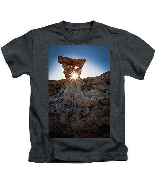 Allien's Throne Kids T-Shirt