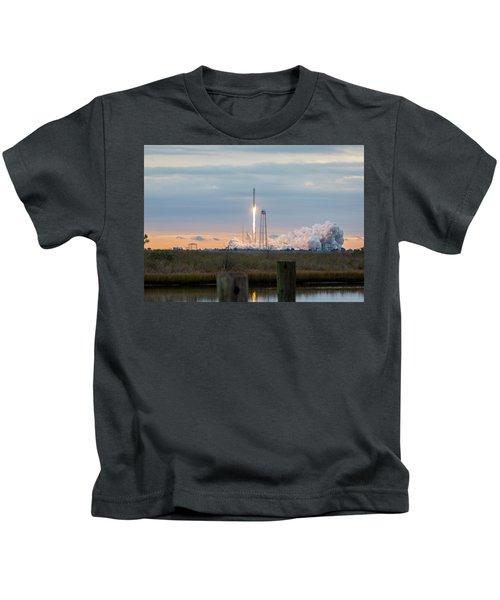 Antares Launch From Wallops Island Kids T-Shirt