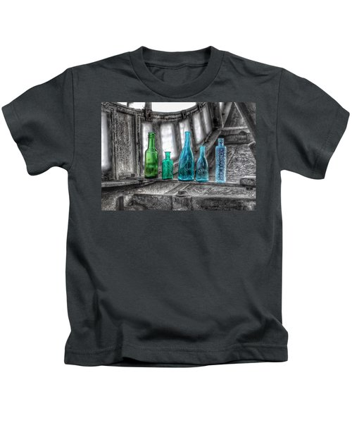 Antique Blue Green Glass Bottle Collection Baltimore - Maryland Glass Corporation Kids T-Shirt