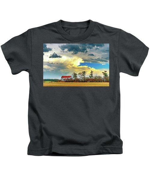 Approaching Spring Thunderstorm 4 Kids T-Shirt