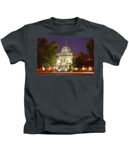 Architectural Photograph Of Mclennan County Courthouse At Dawn - Downtown Waco Central Texas Kids T-Shirt