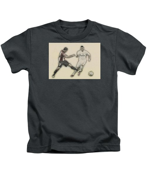 Athletic Club  Vs Real Madrid Kids T-Shirt by Don Kuing