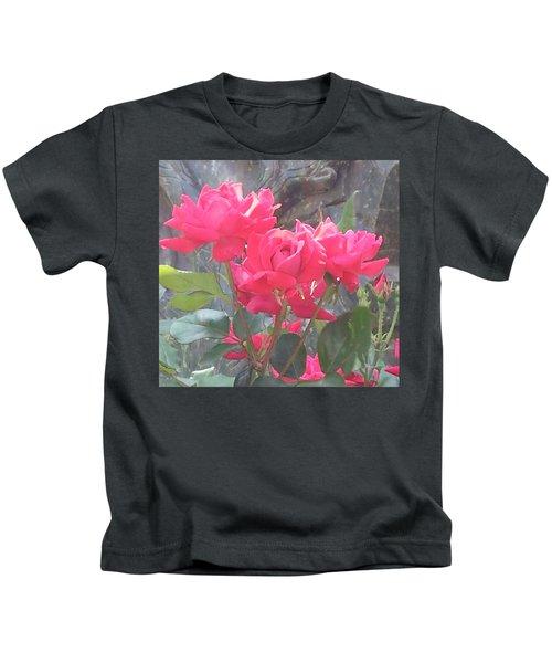 Austin Roses Kids T-Shirt