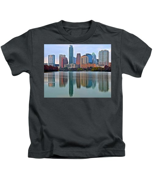 Austin Shimmer  Kids T-Shirt by Frozen in Time Fine Art Photography