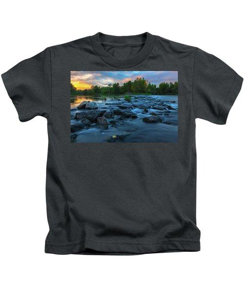 Autumn Comes Kids T-Shirt
