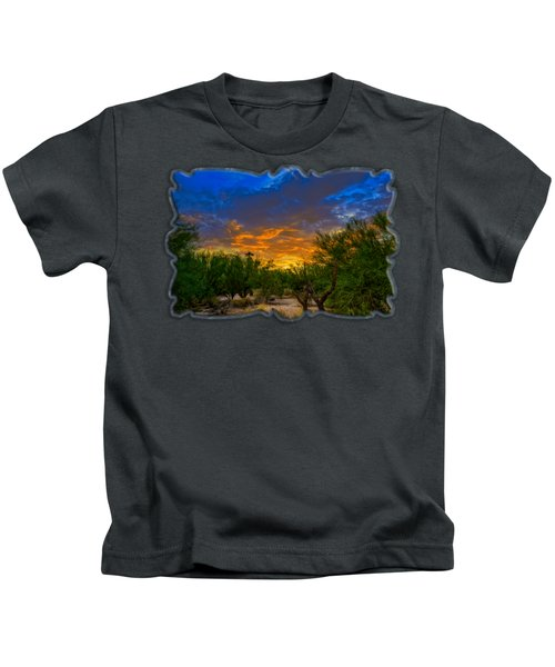 Back Alley Sunset H35 Kids T-Shirt