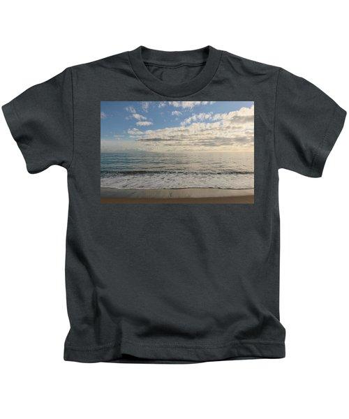 Beach Day - 2 Kids T-Shirt