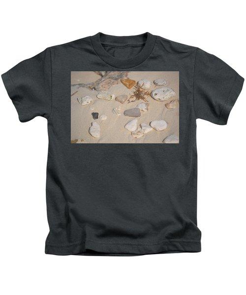 Beach Treasures 2 Kids T-Shirt