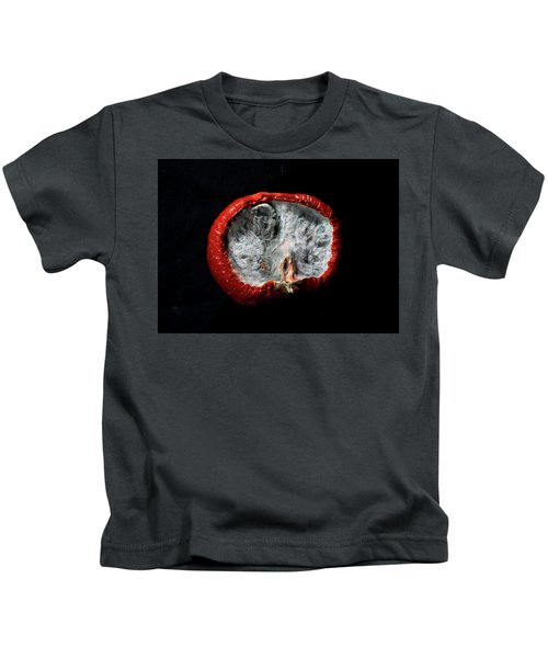 beauty of fungus IV Kids T-Shirt