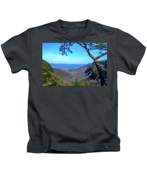 Between The Cliffs Kids T-Shirt