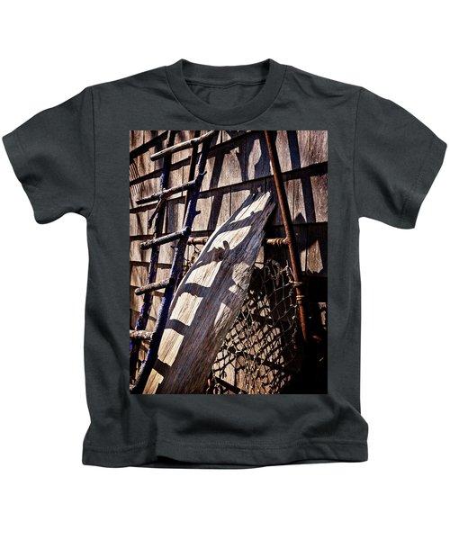 Bird Barn Details Kids T-Shirt