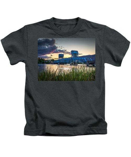 Blue Bridge Through The Grass Kids T-Shirt