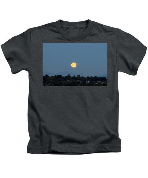 Blue Moon.3 Kids T-Shirt