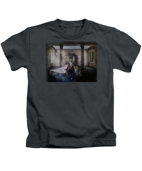 Bluebonnet Hall Kids T-Shirt by Terry Fleckney