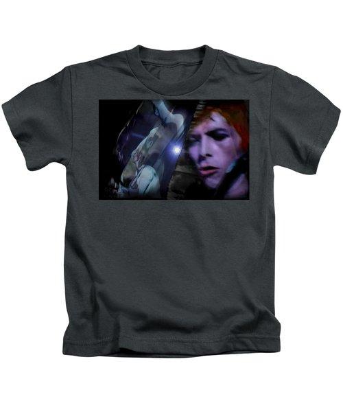 Bowie   A Welcome Star Kids T-Shirt