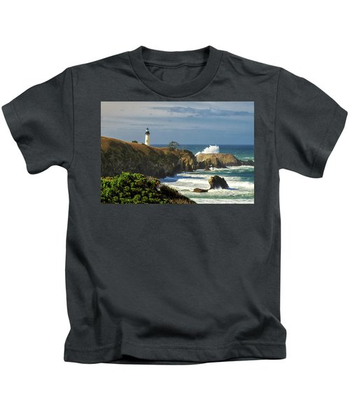 Breaking Waves At Yaquina Head Lighthouse Kids T-Shirt