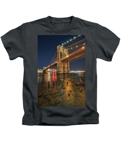 Brooklyn Bridge At Night Kids T-Shirt