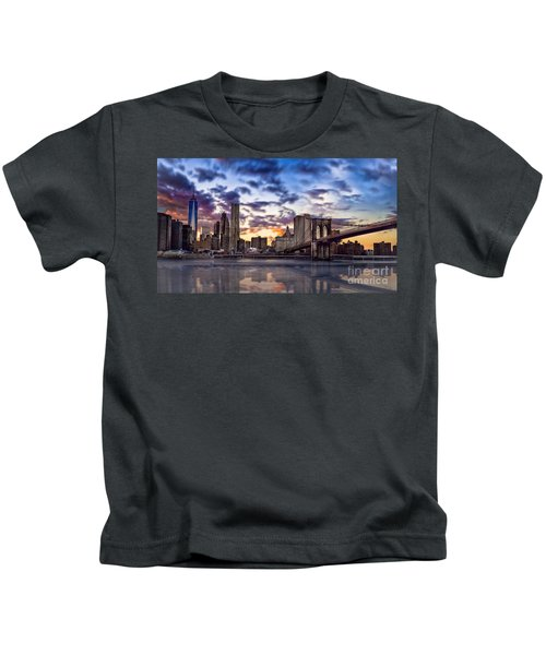 Brooklyn Bridge Manhattan Sunset Kids T-Shirt
