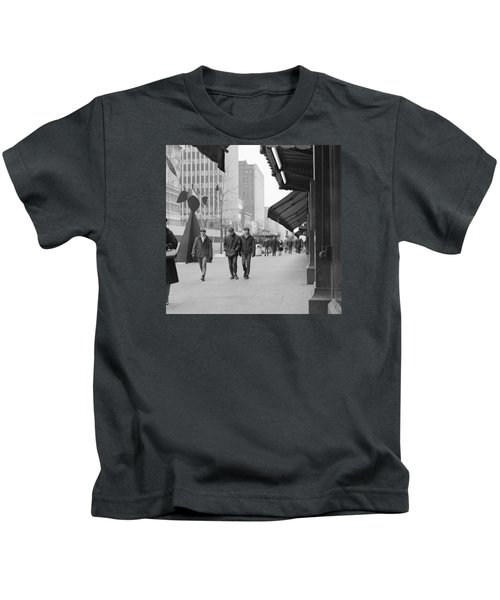 Calder Sculpture On Nicollet Mal Kids T-Shirt