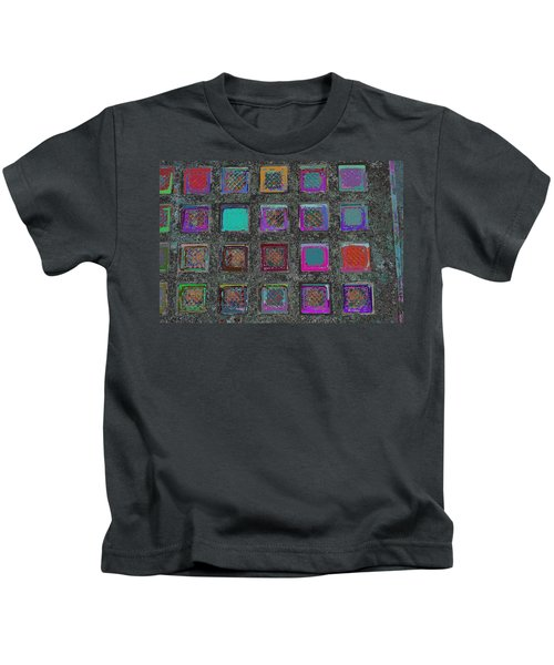 can U see from down there Kids T-Shirt