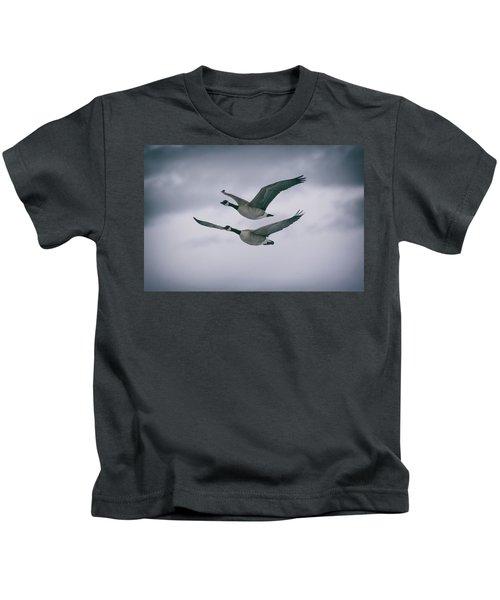 Canadian Geese In Flight Kids T-Shirt