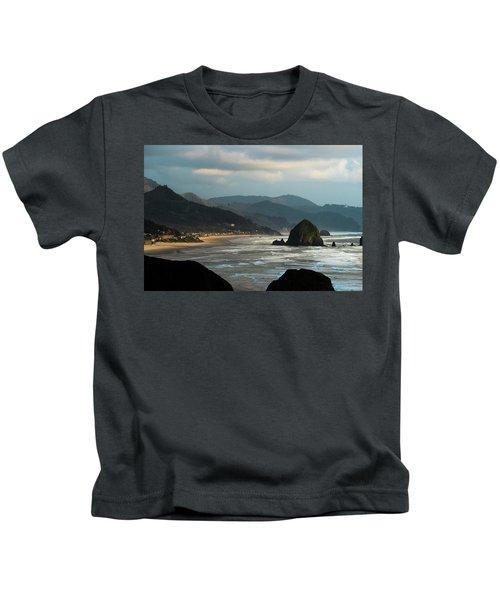 Cannon Beach, Oregon Kids T-Shirt