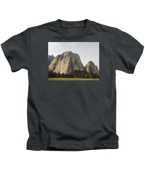 Cathedral Spires Yosemite Valley Yosemite National Park Kids T-Shirt