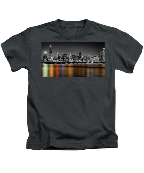 Chicago Skyline - Black And White With Color Reflection Kids T-Shirt