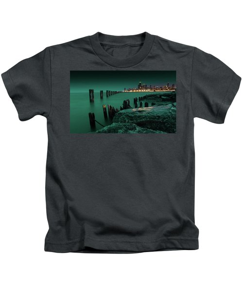 Chilly Chicago 2 Kids T-Shirt