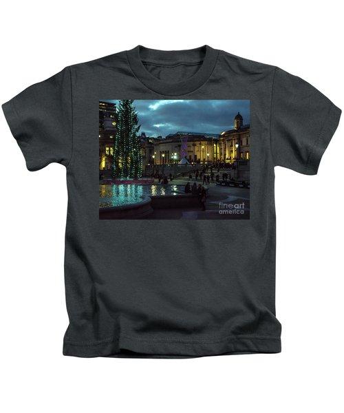 Christmas In Trafalgar Square, London 2 Kids T-Shirt