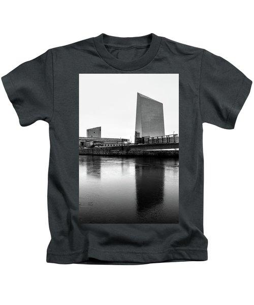 Cira Centre - Philadelphia Urban Photography Kids T-Shirt