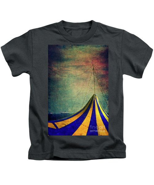 Circus With Distant Ships II Kids T-Shirt